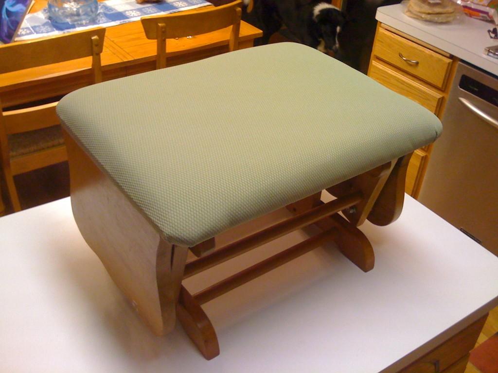 glider-footstool