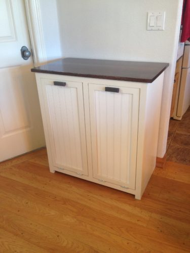 i built a tilt out trash can cabinet. Black Bedroom Furniture Sets. Home Design Ideas